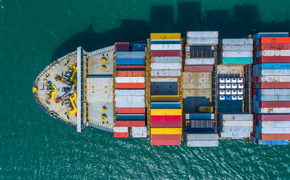 Container ship arriving in port, container ship going to deep se